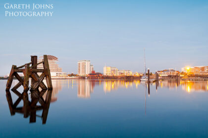 Calm waters at Cardiff Bay